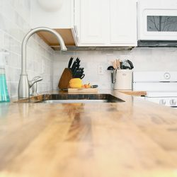 Remodeling Ideas: Kitchen Wall Tiles and Countertop Combinations
