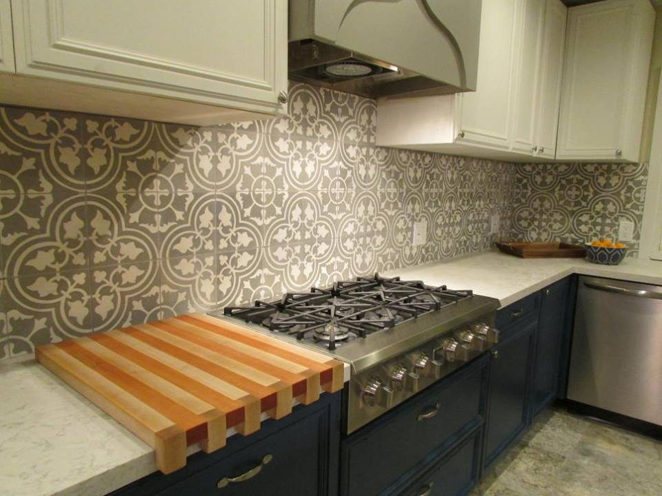 Backsplash ideas porcelain or ceramic tile hat Ceramic tile kitchen backsplash