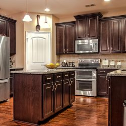 Wood Kitchen Cabinet: Choosing the Right Design