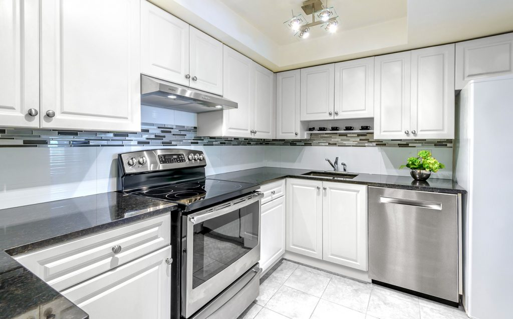 Kitchen cabinet outlet in queens ny deal best prices for Kitchen cabinet outlet