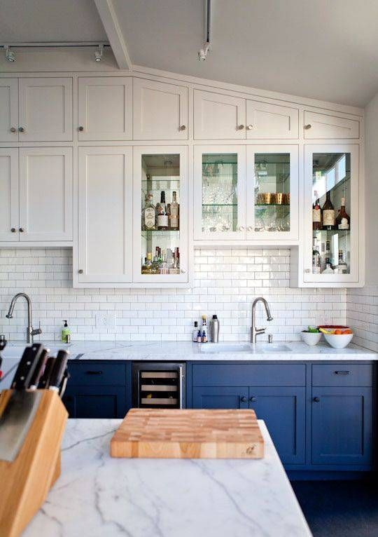 Cabinet Door Styles In TOP TRENDS For NY Kitchens - Grey lower kitchen cabinets