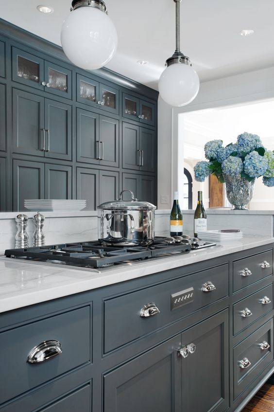 Best kitchen cabinets buying guide 2018 photos for Kitchen ideas 2018 grey