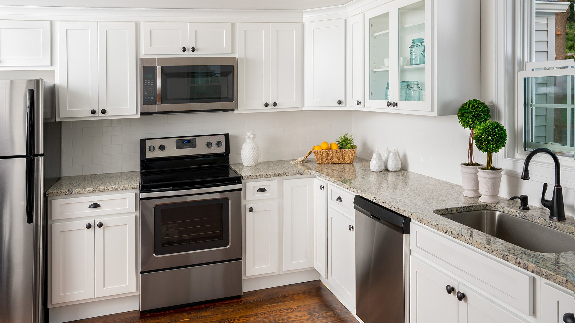 Traditional Kitchen Cabinets   Home Art Tile Kitchen and Bath