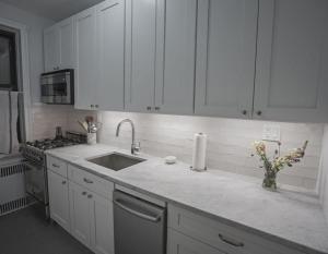 Kitchen Cabinets in Manhattan, NYC   Home Art Tile Kitchen and Bath